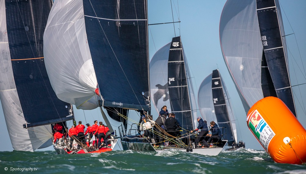 One Ton Cup – Ran leads by one point after six races