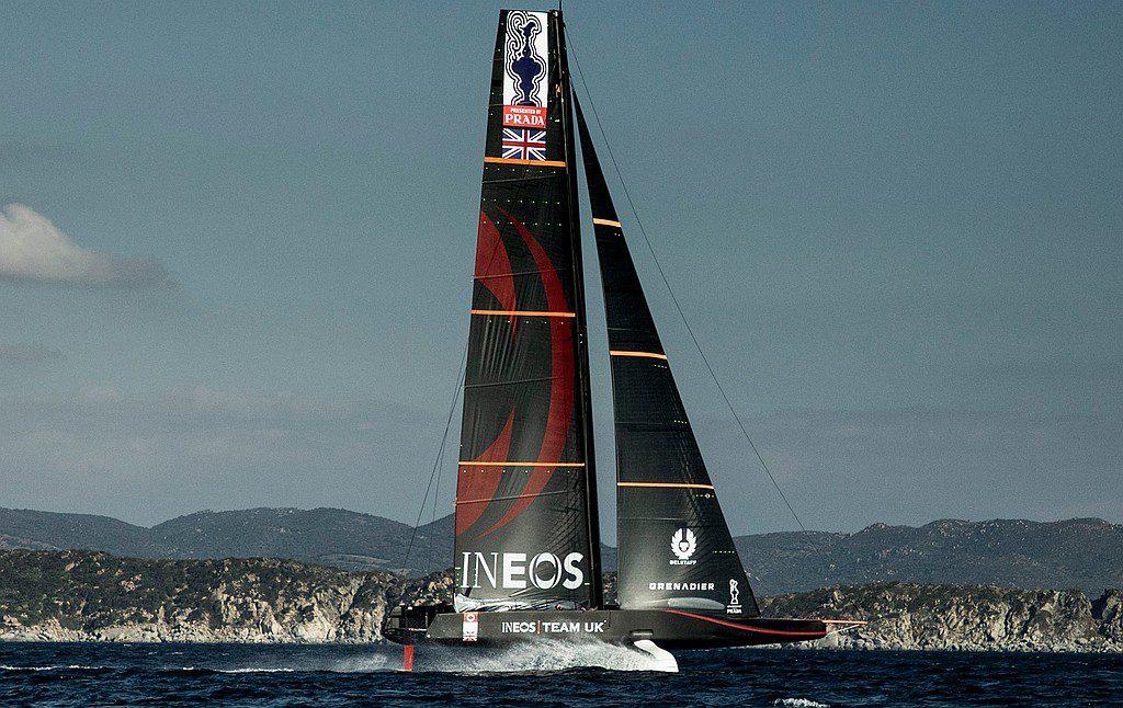 America's Cup – Britannia takes flight in Cagliari – Sailweb
