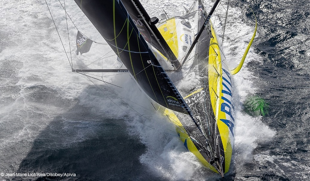 Dalin leads Vendee Globe with Burton powering-off to make gains to West