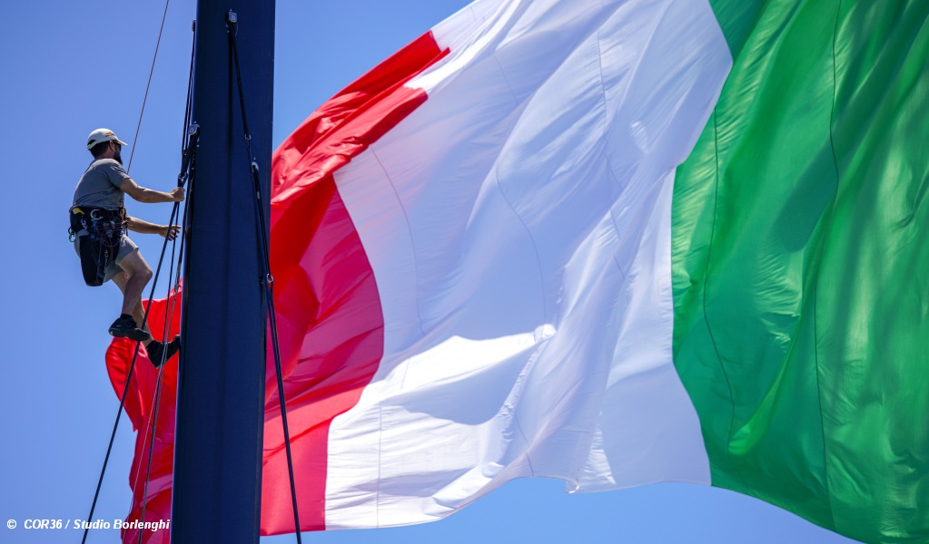 Prada Cup Final D1 Italian Flag