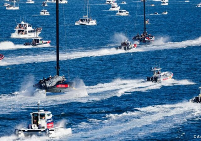AC36 Spectator Fleet